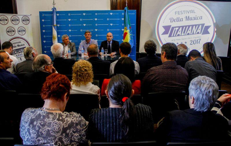 Lanzamiento oficial. Festival de la Musica Italiana de La Plata. 2017 (68)